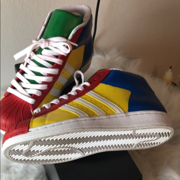 Le adidas colorati x poshmark